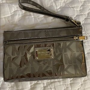 Michael Kors wallet/purse